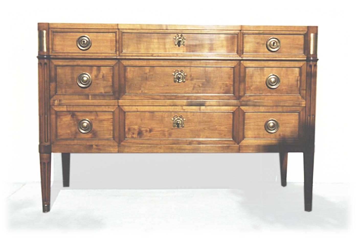 B nisterie d 39 art restauration copie d 39 ancien cr ation de mobilier for Copie de meubles design